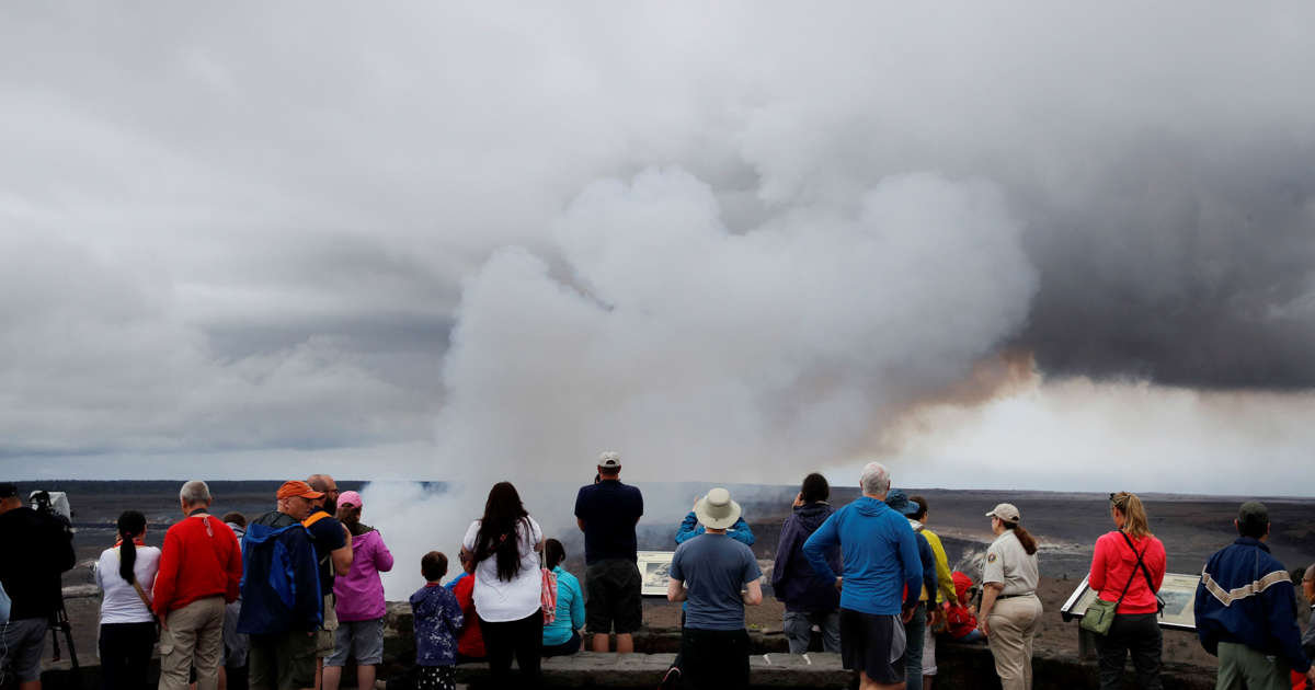 Scientists: Explosive eruption risk rises for Hawaii volcano