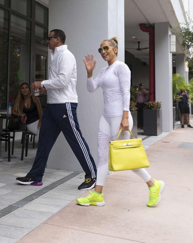 da58cad392 Jennifer Lopez s gym bag costs  18