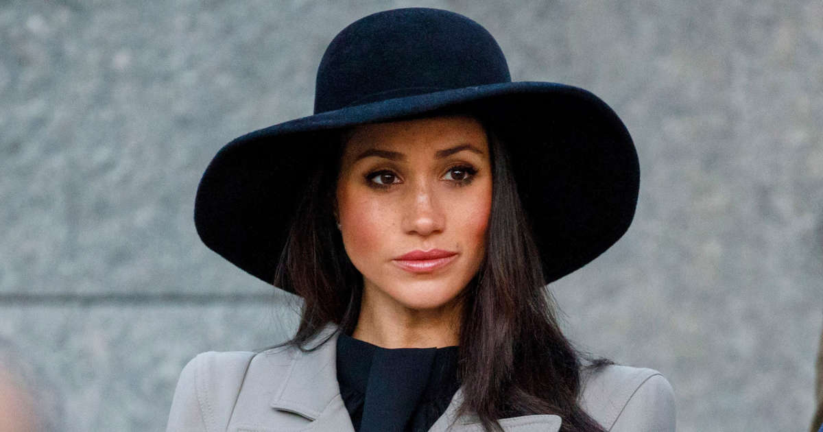 Palace 'blindsided,' queen 'very angry' over Meghan Markle's