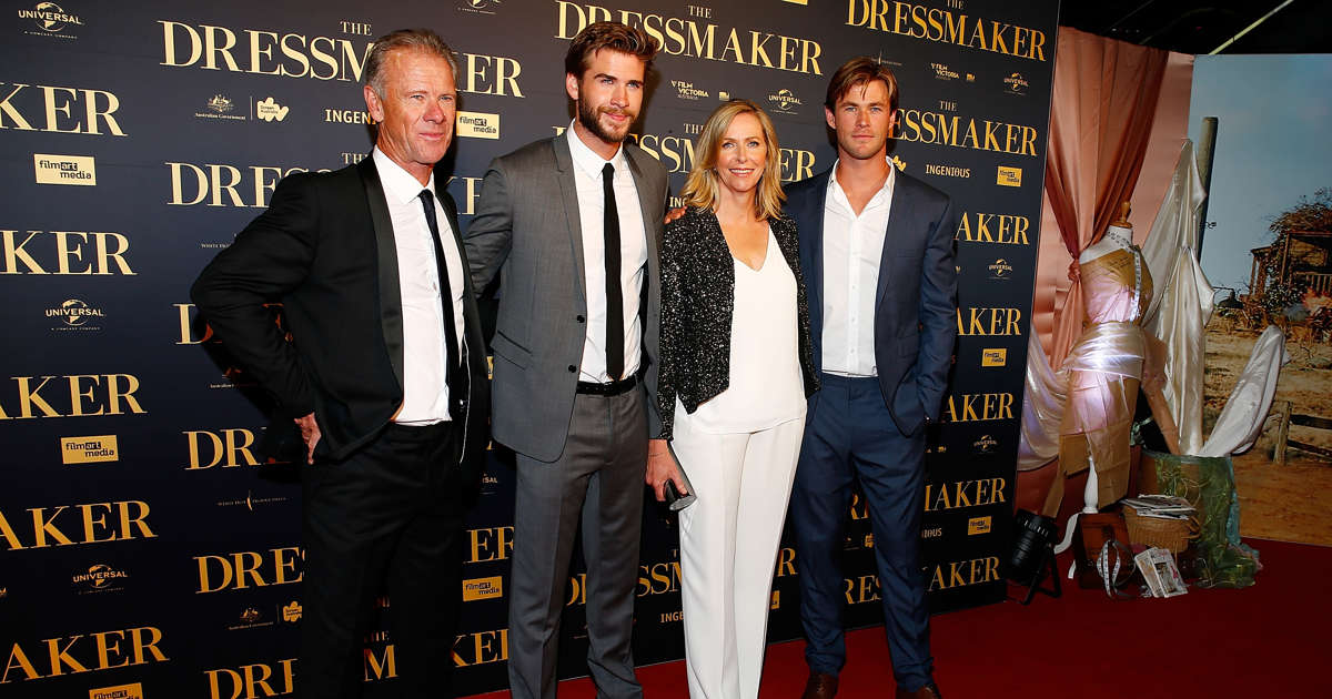 the hemsworth brothers dad is ripped see the photo