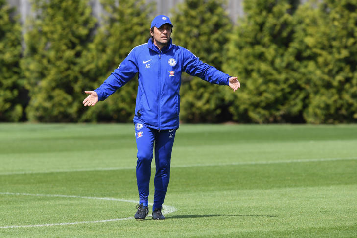 COBHAM, ENGLAND - MAY 18: Antonio Conte of Chelsea during a training session at Chelsea Training Ground on May 18, 2018 in Cobham, England. (Photo by Darren Walsh/Chelsea FC via Getty Images)
