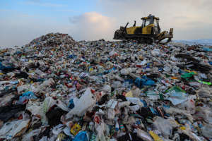 MOSCOW REGION, RUSSIA FEBRUARY 20, 2018: Piles of garbage at the Korgashino solid waste landfill in the town of Mytishchi, outside Moscow. Sergei Savostyanov/TASS (Photo by Sergei Savostyanov\TASS via Getty Images)