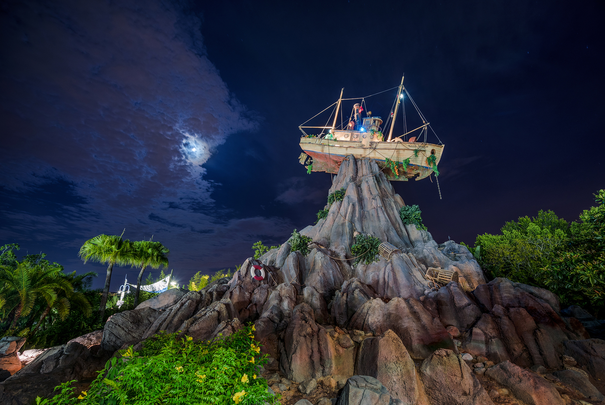 """Slide 9 of 15: LAKE BUENA VISTA, Fla. (March 19, 2018) – Guests can start making plans to join some of their favorite """"Toy Story"""" characters during Disney H2O Glow Nights, the splashy new, nighttime pool party coming to Disney's Typhoon Lagoon Water Park this summer.  Tickets are on sale now for this after-dark event, which is part of an Incredible Summer coming to Walt Disney World Resort. Tickets are $55 plus tax for guests ages 10 and up, and $50 plus tax for children ages 3-9.  On Thursday and Saturday evenings, from June 21 to August 11, Rex and his """"Toy Story"""" pals will transform Typhoon Lagoon like never before by throwing a glow party in the surf pool and throughout the park. Rex, a.k.a. Partysaurus Rex, will serve as host and invite guests of all ages to join the festivities. All attractions will be open for guest enjoyment and, as part of the fun, there will be special food and beverage offerings, """"Toy Story"""" character greetings, a DJ dance party on the beach and more. Disney H2O Glow Nights also will feature The Wharf, a unique, adults-only area with a private bar, entertainment and additional seating. To purchase tickets and learn more about Disney H2O Glow Nights, call (407) 939-1872."""