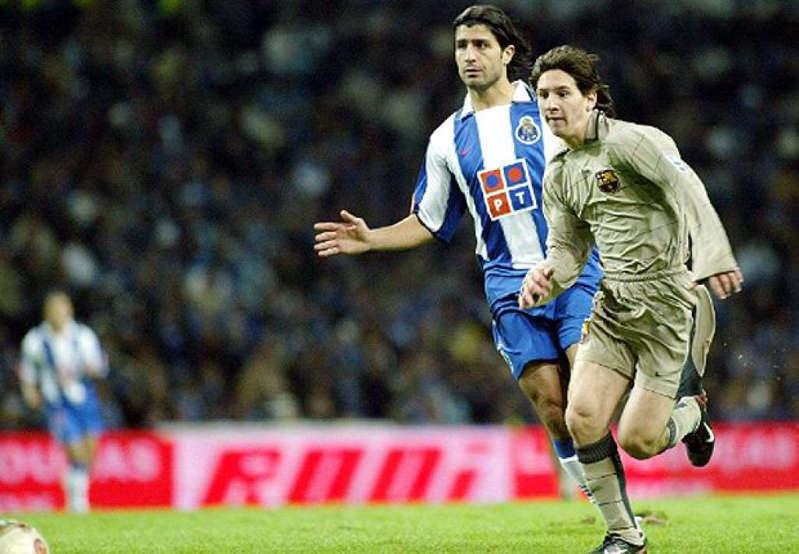 Foto: youtube: El 16 de Octubre de 2004 fue el día en que el mundo conoció el talento del astro argentino. Su debut fue en la liga española contra Monjuic, entro en la segunda parte por el jugador Deco.