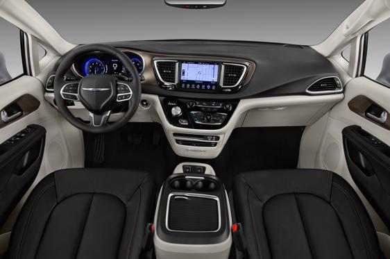 Slide 1 Of 11 2017 Chrysler Pacifica