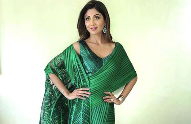 Shilpa Shetty\'s figure-hugging metallic saree gown is just right for ...