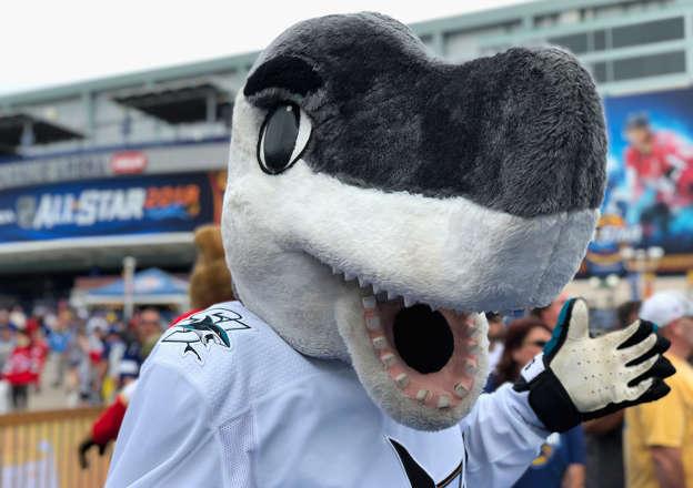Sharks Mascot Sharkie Absolutely Owns Neymar Challenge
