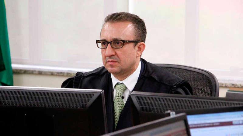 Decisão de desembargador não chegou a ser cumprida, depois de manifestação de Moro e de relator da Lava Jato no TRF-4