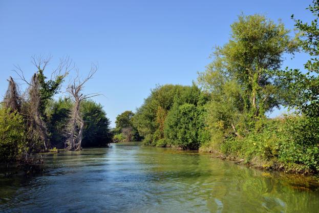 Διαφάνεια 13 από 35: Springs of Acheron river, Greece