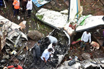 Watch the fresh footage of the plane crash in Mumbai