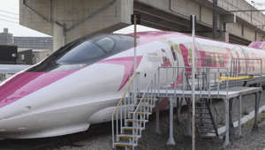 Japan unveils Hello Kitty-themed bullet train