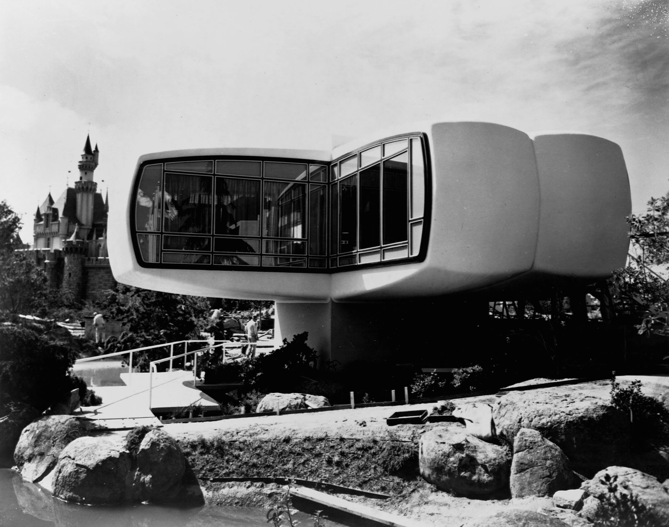 Slide 11 of 33: Tourists at Disneyland tour a plastic 'house of the future' built by Monsanto Chemical Company.   (Photo by Library of Congress/Corbis/VCG via Getty Images)