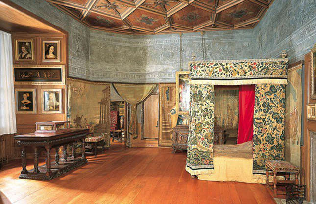 Slide 21 of 53: When the royals aren't in residence, the palace normally opens to the public. The star draws include Mary, Queen of Scots' private bedchamber (pictured), the Throne Room, the Evening Drawing Room and the splendid Great Gallery, the largest room in the palace.