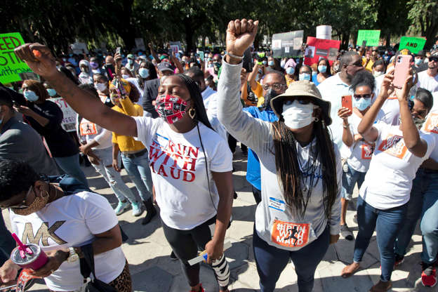 Georgia AG Calls For Federal Investigation Into Handling of Ahmaud Arbery case: What We Know BB13O2t0