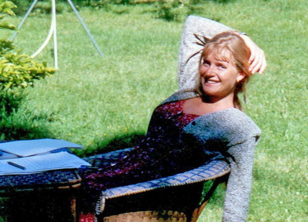 Death of Sophie Toscan du Plantier sitting on top of a grass covered field: Sophie Toscan du Plantier Pic: Getty