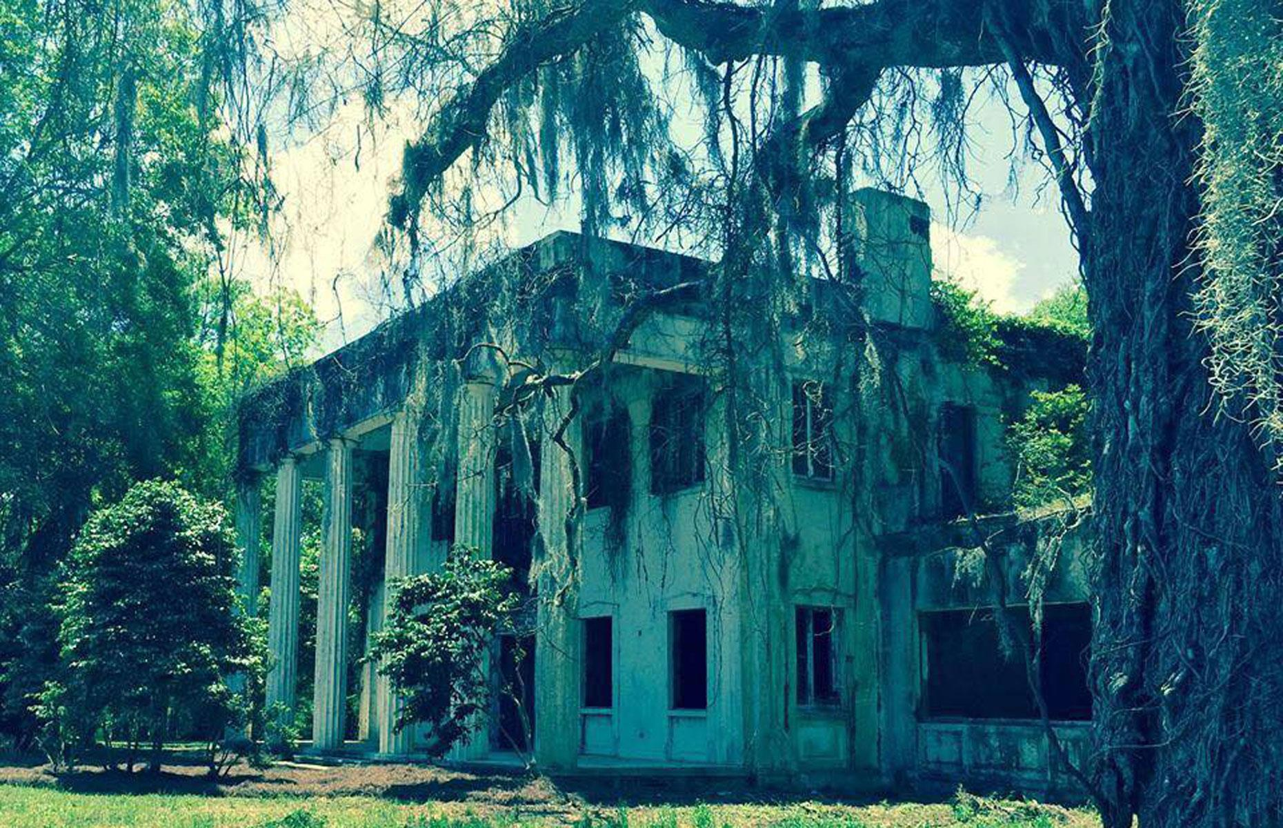 Slide 2 of 101: Steeped in faded grandeur, this overgrown Antebellum mansion near the town of Lowndesboro dates back to 1830. Also known as Turner-Dickson House, it was rebuilt in 1940 following a devastating fire. Yet the elegant plantation house burned to the ground yet again in 1964.