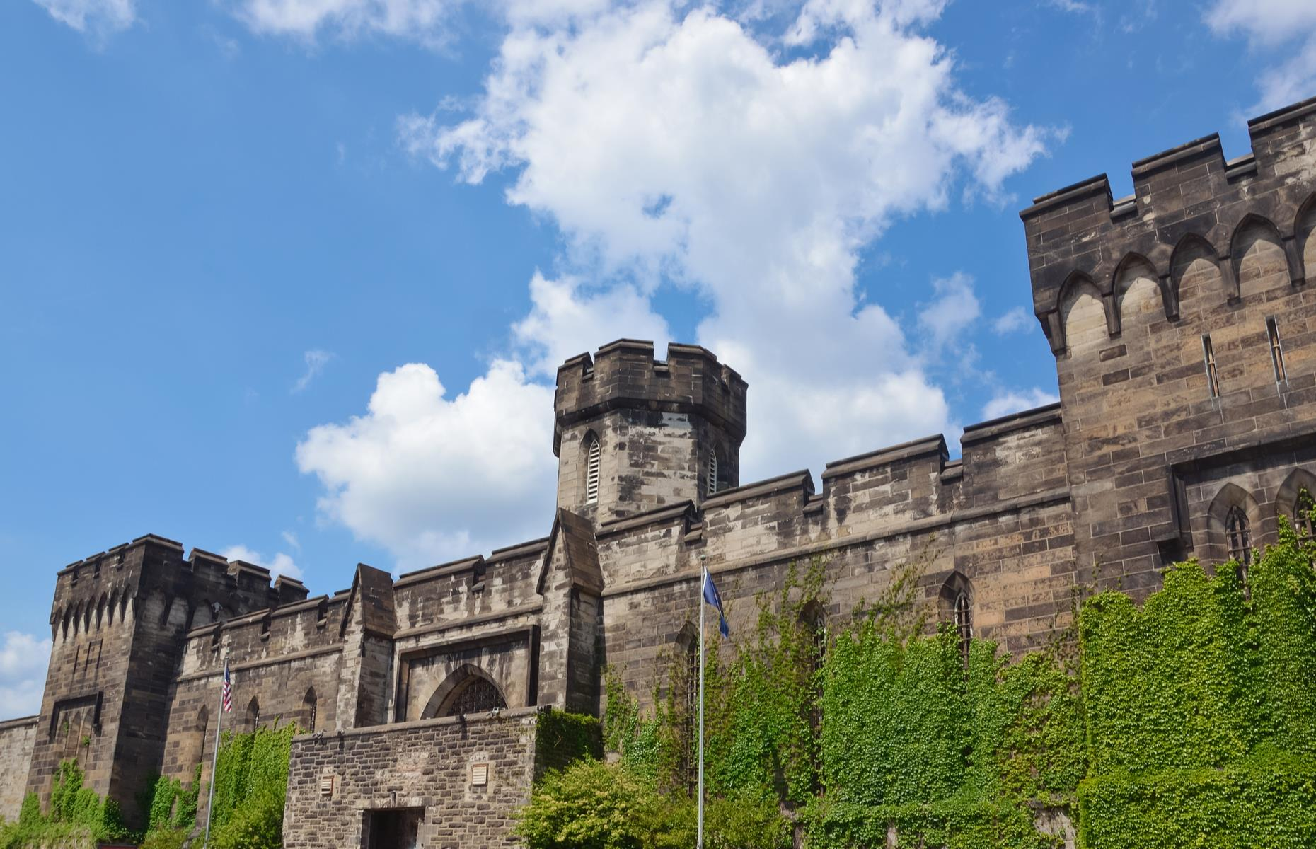 Slide 76 of 101: Perhaps the best-known abandoned building in America, the Eastern State Penitentiary was built in the 1820s and imprisoned some of the USA's most notorious criminals during its time. These included famous gangster Al Capone, and Leo Callahan – the only inmate ever to successfully escape the penitentiary.