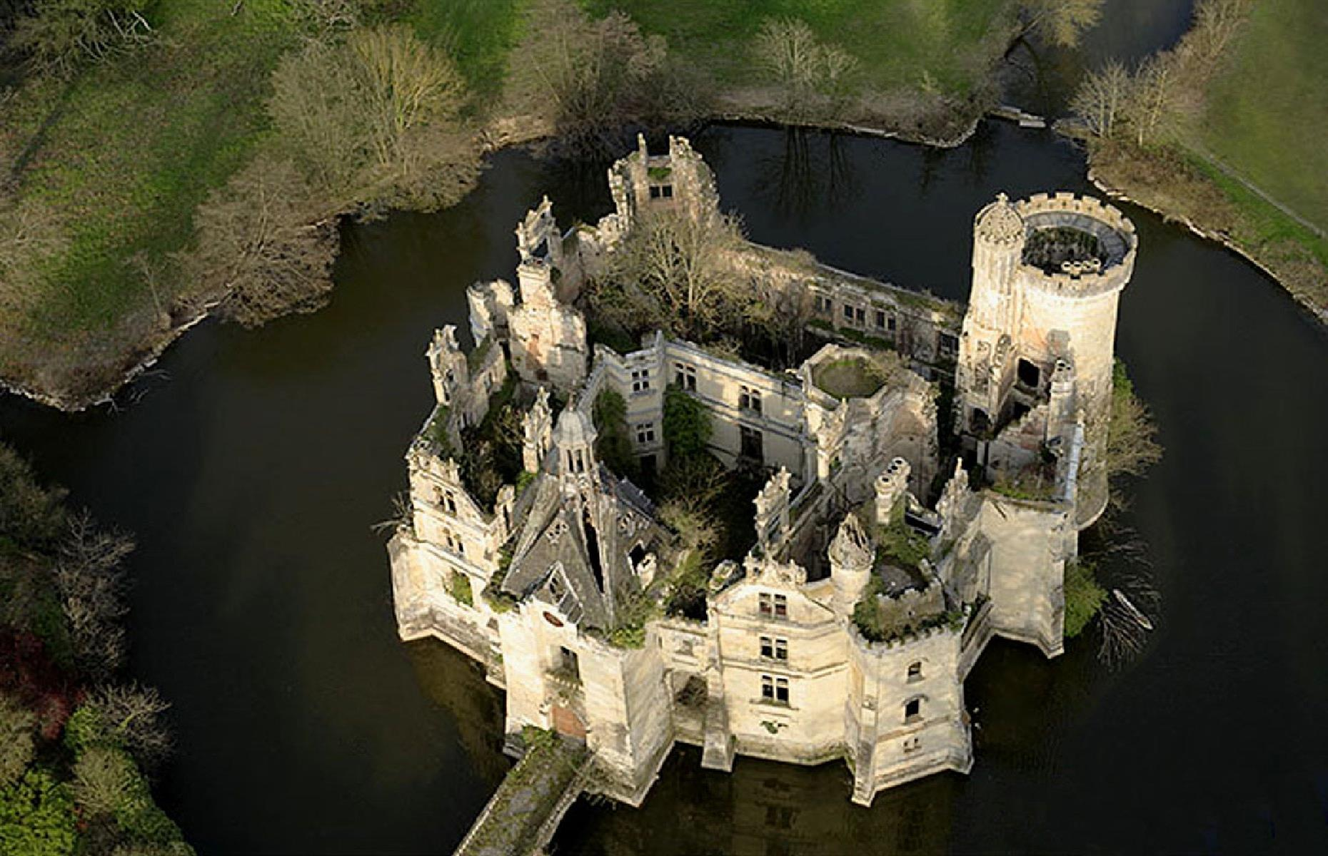 Slide 23 of 29: However, there's a happy ending for this exquisite château. In 2017, it was saved from demolition by the generosity of strangers. More than 7,400 people donated to a crowdfunding campaign to rescue the beautiful structure. Maybe one day it will be restored to its former glory.