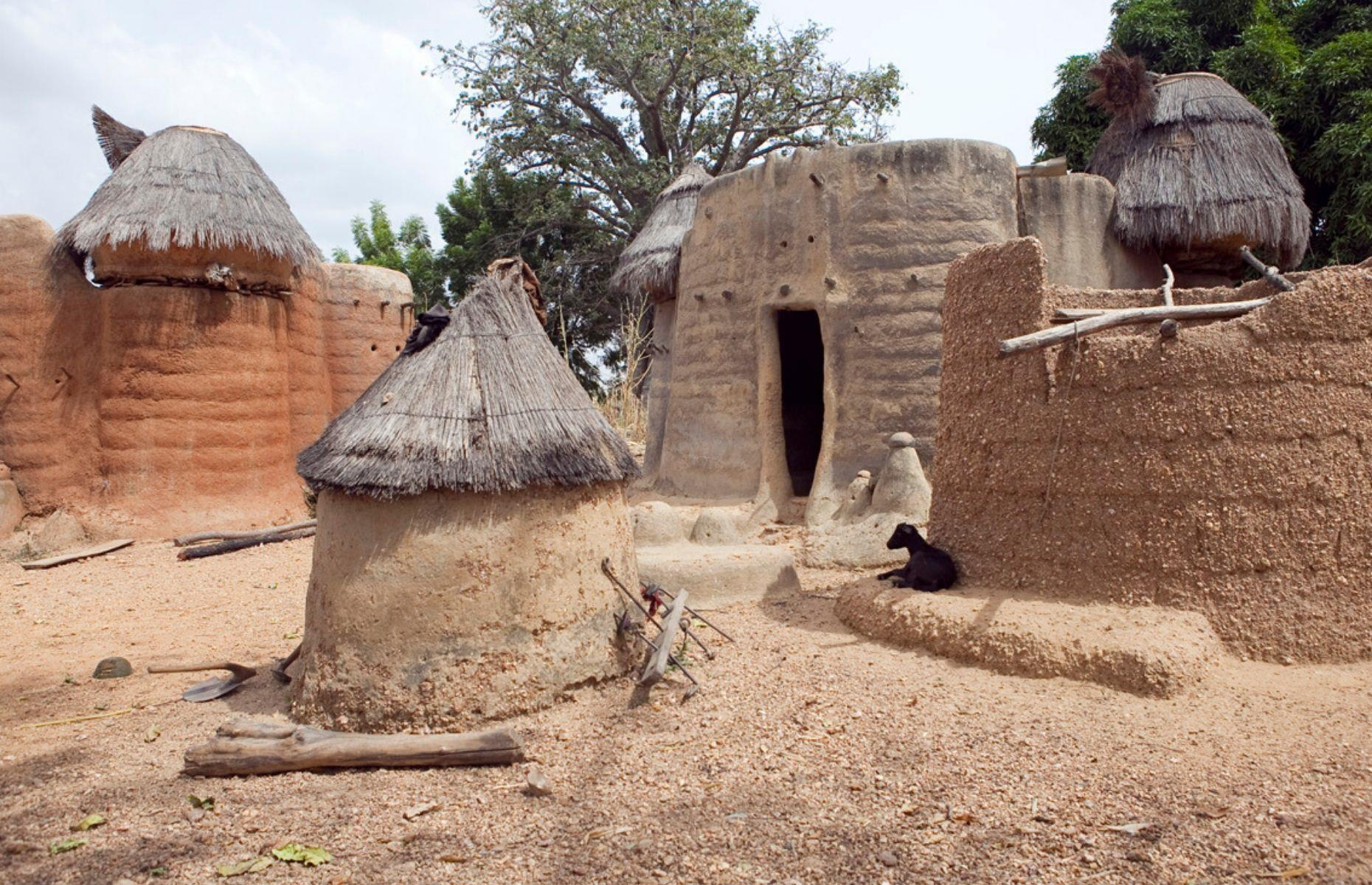 Slide 10 of 26: In Benin and Togo, close to Nigeria, the Batammariba people have been creating unique homes since the 17th century – in fact, their takienta mud houses are closely bound up with their cultural identity. Built in layers, these unique homes have been added to the World Heritage List, but this isn't enough to protect the traditions of the Batammariba tribe. The WMF is thus committed to helping the people of Koutammakou, through the conservation of their signature architecture.