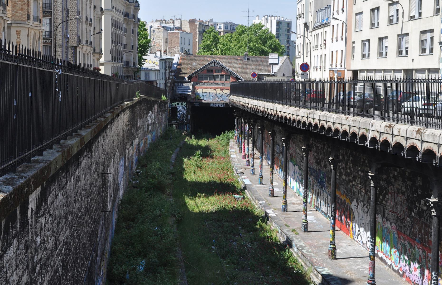 Slide 14 of 33: The once bustling railway line, which also served steam freight trains, originally had 29 stations, but today there are only 17. It was forced into decline by the advent of the underground Paris Métro and the growing popularity of motor vehicles.