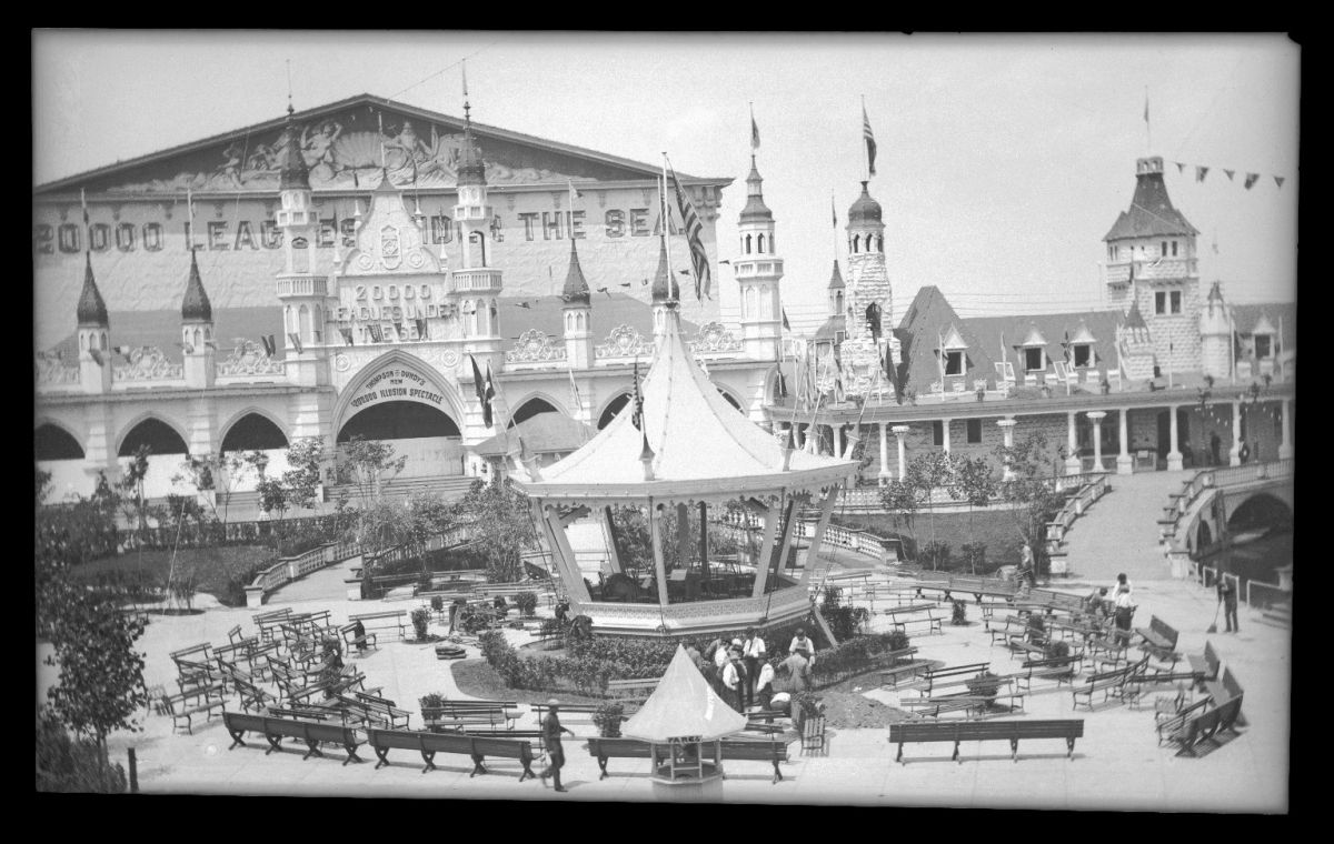 Slide 7 of 15: Unfortunately, the first Luna Park also was destroyed in a fire in 1944, and never reopened due to a dispute over insurance money. The location of the original Luna Park now holds an apartment complex called the Luna Park Houses.