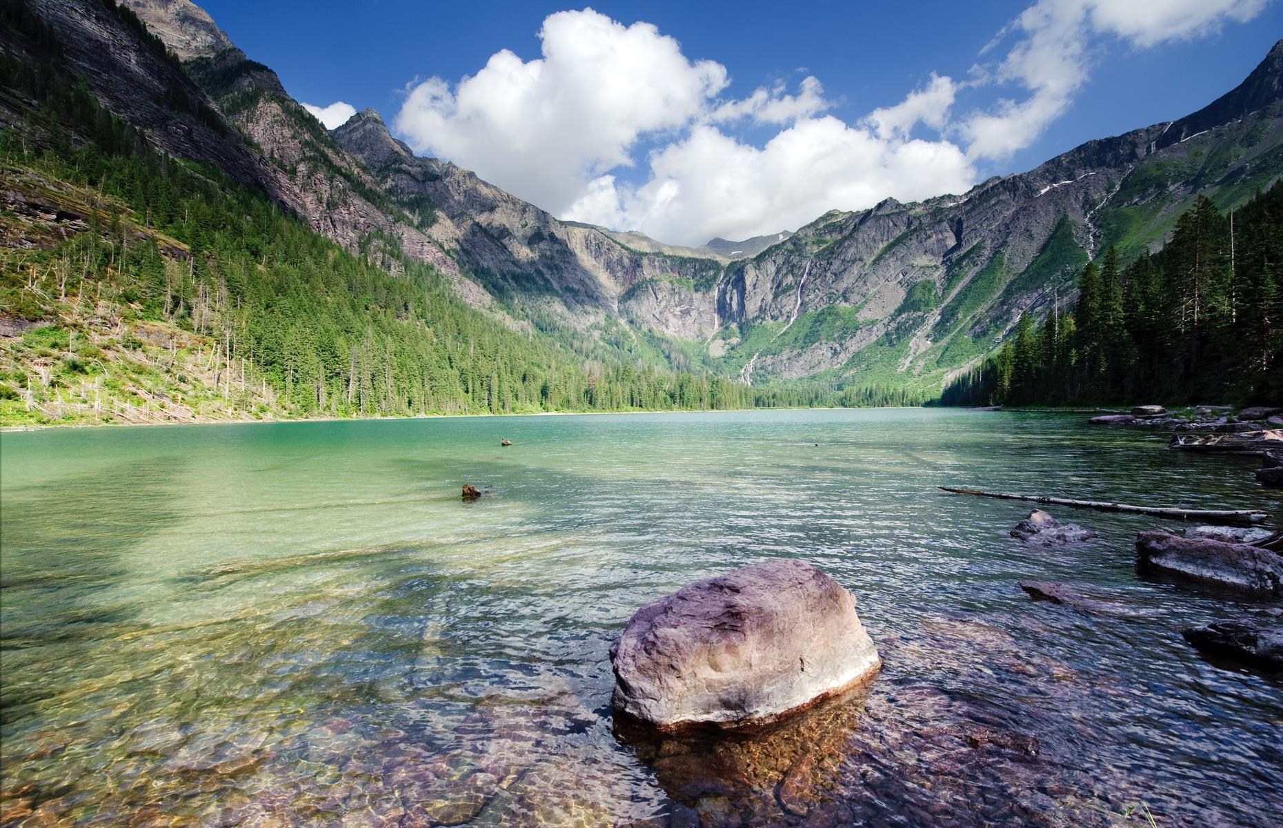 Slide 8 of 31: Montana is drowning in beautiful bodies of water, with more than 3,000 lakes and reservoirs across the state. It's hard to pick the prettiest but we reckon Avalanche Lake just edges into the lead.