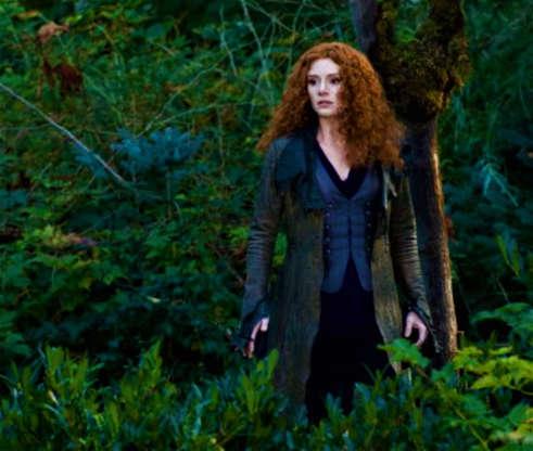 Slide 26 de 43: No entanto,a atriz foi substituída por Bryce Dallas Howard em 'A Saga Crepúsculo: Eclipse' (2010). Lefevre disse ter ficado 'chocada' ao saber que foi substituídade uma hora para outra.