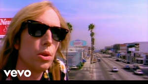 REMASTERED IN HD!  Music video by Tom Petty performing Free Fallin'. (C) 1989 UMG Recordings, Inc.  #TomPetty #FreeFallin #Remastered #Vevo