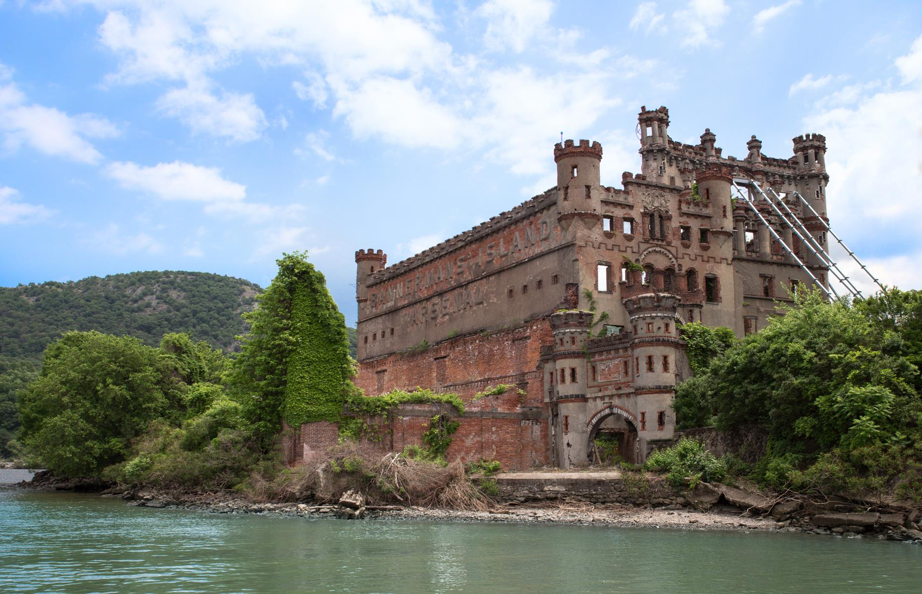 Slide 34 of 52: Standing guard over the Hudson River, some 60 miles (97km) north of New York City, is the abandoned Bannerman Castle. It's named after Scotsman Francis Bannerman VI, who owned a weaponry business and built this isolated island fortress in the early 1900s for use as an arsenal. Abandoned since the 1950s, the castle now stands in ruins, its turrets crumbling and greenery forcing its way through glassless windows. Still, it's a majestic site and a range of tours of the island are available.