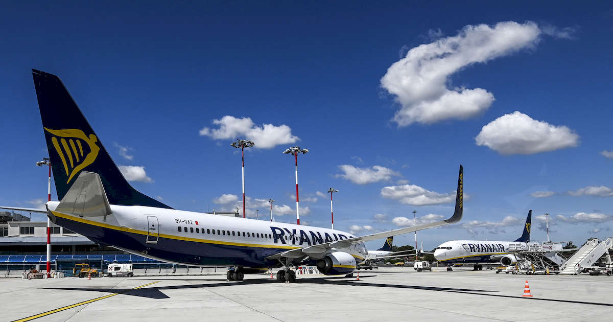 Ryanair: 273 milioni di rosso, ma il titolo decolla