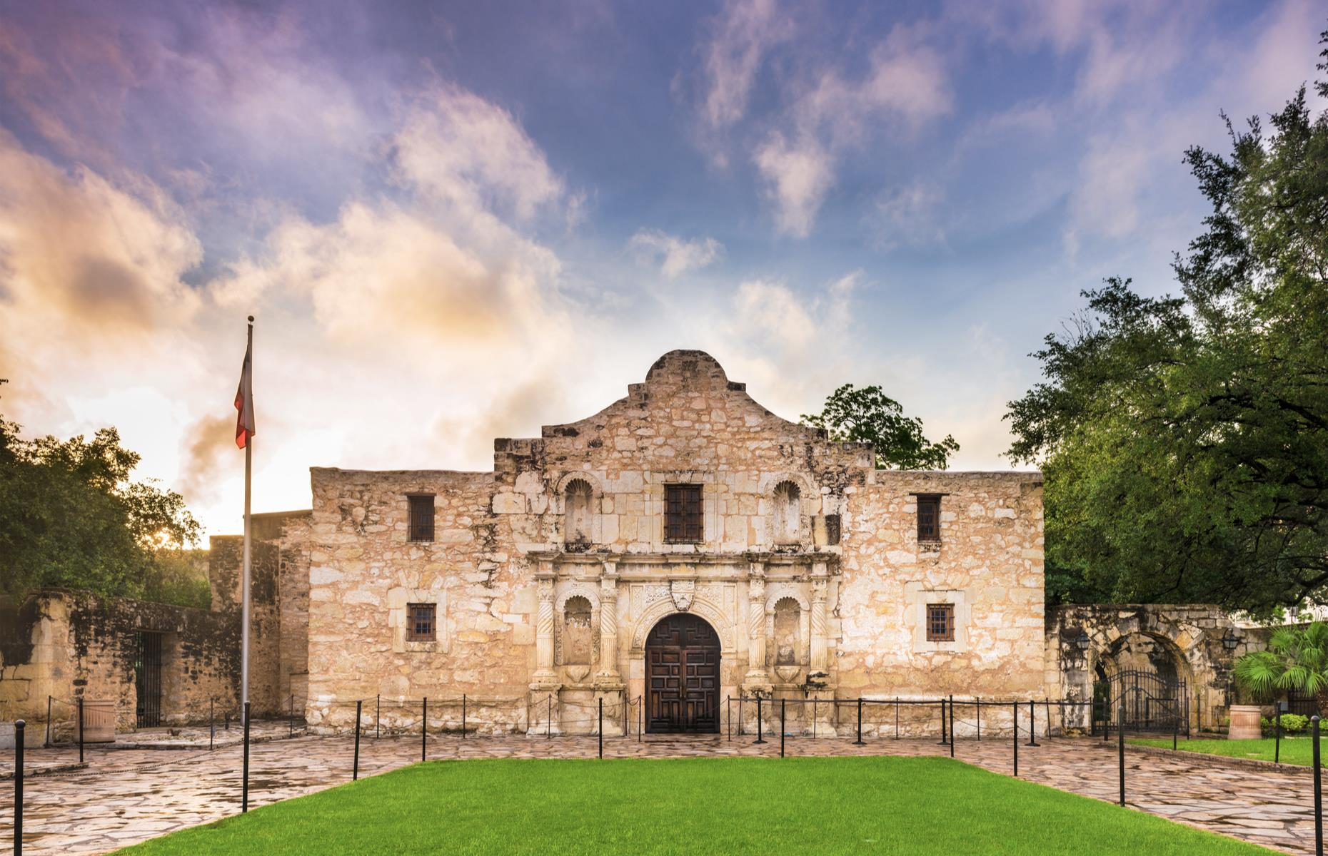 Slide 44 of 51: This mission in San Antonio is famous as the site of the 1836 Battle of the Alamo. Here Texans clashed with invading Mexicans during the Texas revolution, in a cross swords that would last almost two weeks. Today it's a preserved historic site and education center, bringing to life this pivotal battle, and remains one of the most-visited attractions in the state. You'll need a free timed ticket to go inside the church itself.