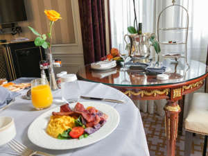a plate of food on a table: Marriott Platinum breakfast at the St. Regis New York. (Summer Hull/The Points Guy)
