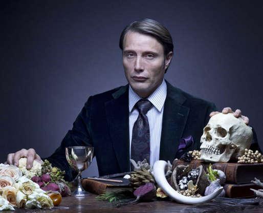 Slide 4 de 43: Mads Mikkelsen, ator famoso pela série 'Hannibal', foi oficializado para assumir o vilão no terceiro filme da franquia.