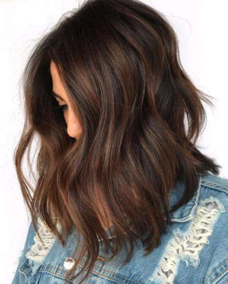 Cuts for long hair and round face