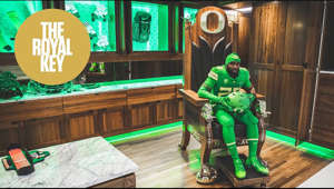 "Up next in our ""Bowl Season"" mini-series of ""Royal Key"" is the Oregon Ducks. Director of Equipment Kenny Farr opened the doors to Autzen Stadium - and much more - to showcase arguably the best venue we've ever visited. Period. Take a look.  Thanks to The Laboratory (https://www.thelabokc.com) for powering this episode. Follow them at: IG - @thelaboratoryokc 