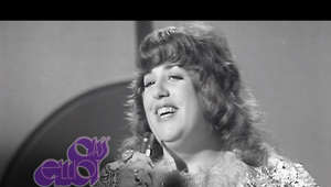 Cass Elliot smiling for the camera: Cass Elliot & Lulu performing 'Dream A Little Dream Of Me ' on British TV show 'It's Lulu' in July 1970. Footage licensed from BBC Studios Distribution. All rights reserved.  This video has been sourced from historical archive footage. Sound and picture have been restored to ensure best possible viewing quality.  Remember to subscribe to stay up to date with all new releases on the channel. Subscribe to the channel here: https://www.youtube.com/channel/UCazEUjGBY1ydLOXnY9Qmw_A/?sub_confirmation=1 #CassElliot