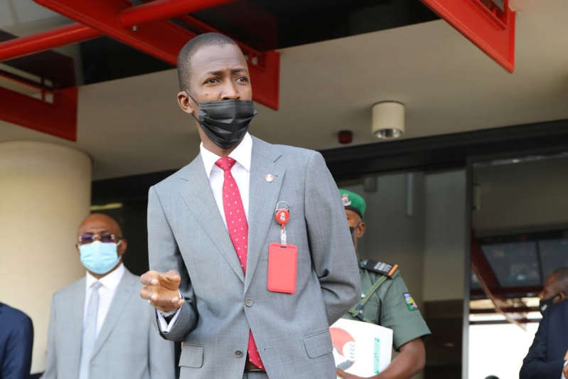 a man wearing a suit and tie: EFCC tells Nigerian banks to query their customers' sources of income