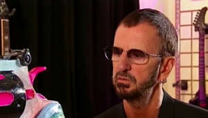 Ringo Starr in glasses looking at the camera: Ringo Starr opens up in 2011 about the death of John Lennon