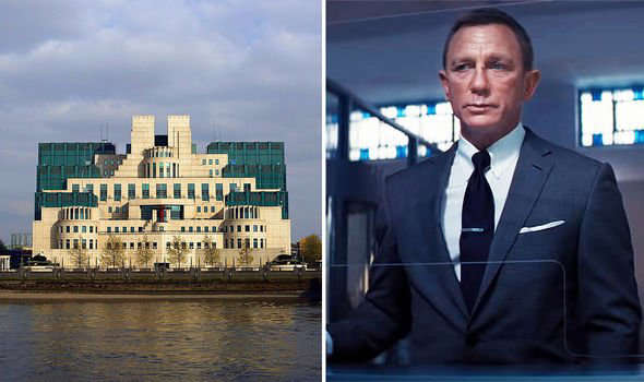 Daniel Craig in a suit and tie: MI6 and james bond