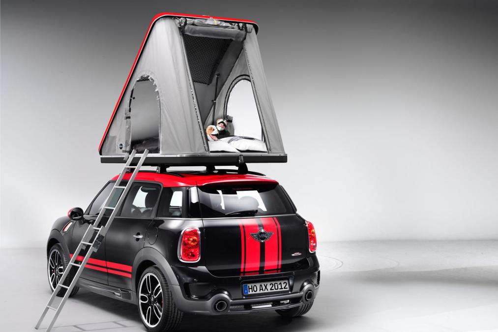 Previous Slide & MINI Countryman Airtop tent pops up