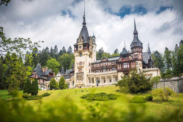 Διαφάνεια 6 από 13: Peleș Castle, Romania