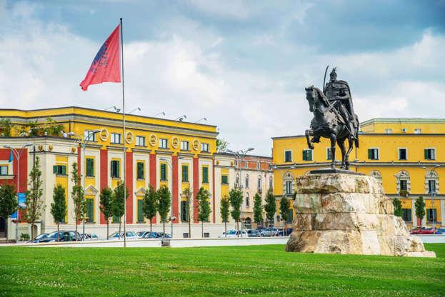 Διαφάνεια 9 από 13: Tirana, Albania