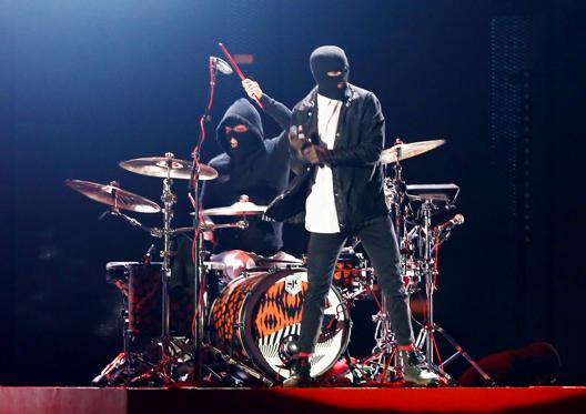 Slide 11 of 53: iHeartRadio Music Festival Day 1, Show, Las Vegas, NV, USA - 23 Sep 2016 Twenty One Pilots