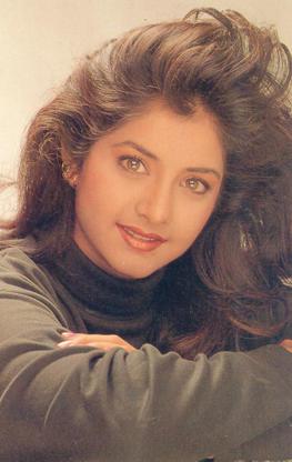 Rare Unseen Photos Of Divya Bharti