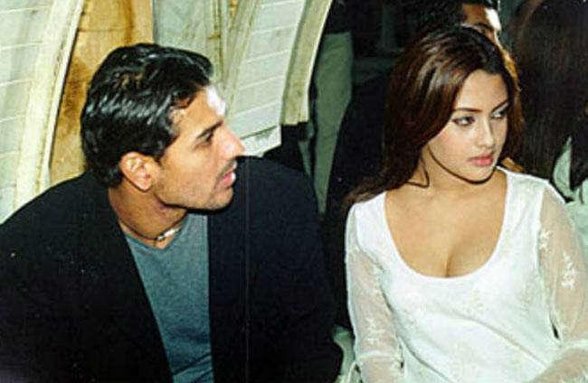 John-Riya to Ajay-Raveena, we bet you forgot these actors