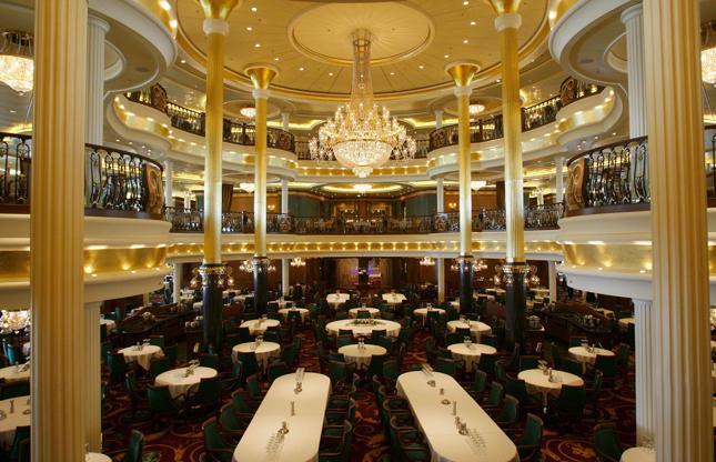 Διαφάνεια 9 από 24: A general view of the dining room aboard the Liberty of the Seas, the world's newest and largest cruise ship alongside in Southampton today for its only European visit.