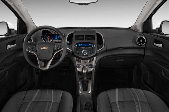 2014 Chevrolet Sonic Sedan Ls Manual Interior Photos Msn Autos
