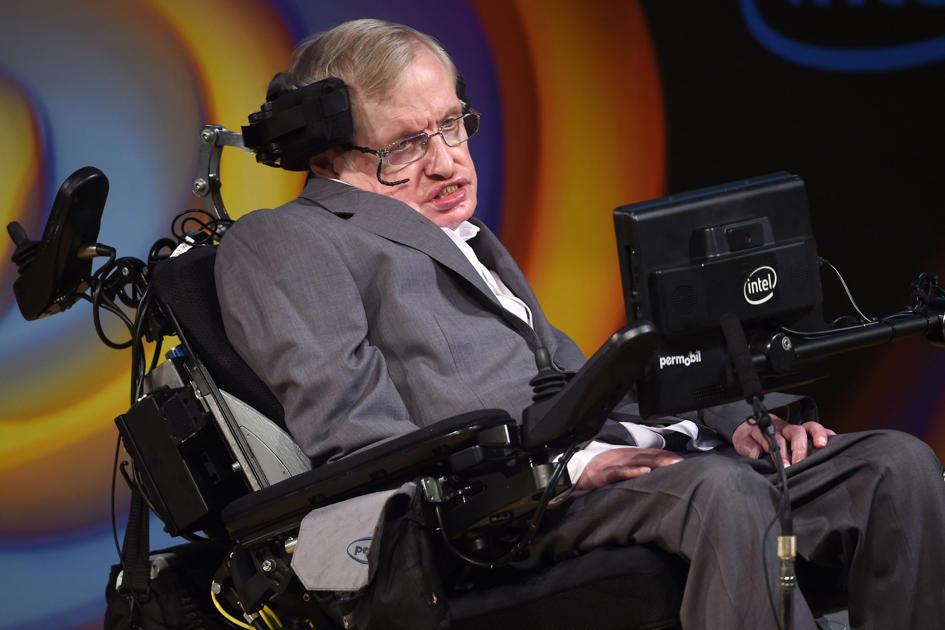 Stephen Hawking's Incredible Predictions in 2017