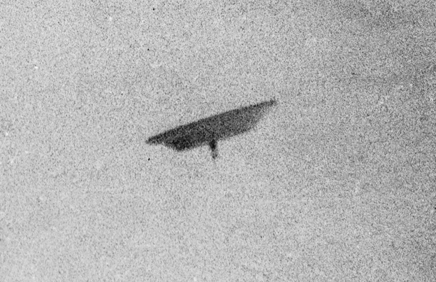 77092f702d9413 Slide 4 of 13   This photo of a flying saucer was taken by Paul