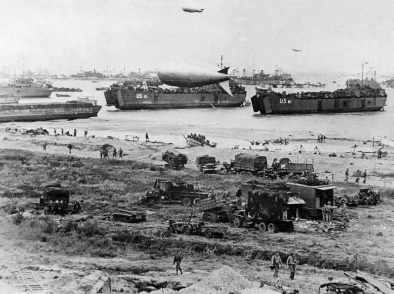 Slide 83 of 100: 2. World War, france, normandy, alliied invasion 06.06.1944: general view with landing crafts ca.